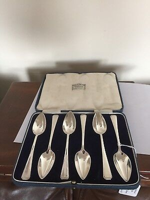 Lovely Set Of 6 Cased Sterling Silver Grapefruit Spoons (Harrods Of London)