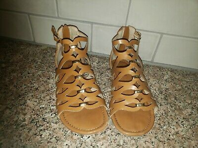 e90bab18ec06 Girls Stevies Tan brown Gladiator Sandals Sz 13 Gold Accents Zip Back
