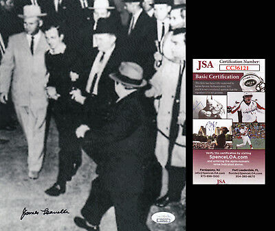 Kennedy Assassination JFK Related J.Leavelle handcuffed to Oswald SIGNED 8x10