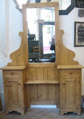 A Victorian Pine Dressing Table