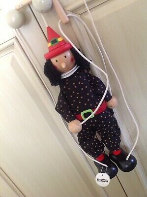 Ale-Hop Wooden String Puppet / Marionette (witch/warlock?)