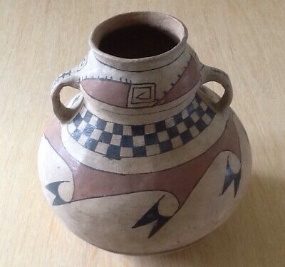 Early Native American Pueblo Indian Pot - Pre-Owned - Part of a Collection.