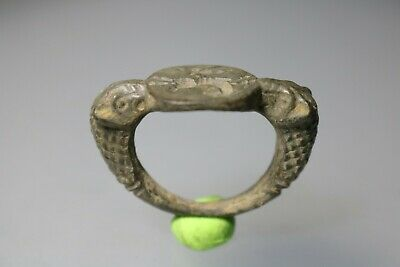 Ancient Fantasting Roman Bronze Ring  1st - 4th century AD