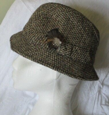 1960s Country HAT VTG Retro BROWN Rust HARRIS TWEED WOOL Scotland Feather Trilby