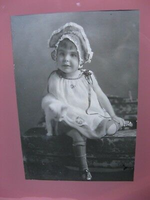 tiny white KITTEN! antique framed PHOTO~little girl with cat~early 1900's~cute!