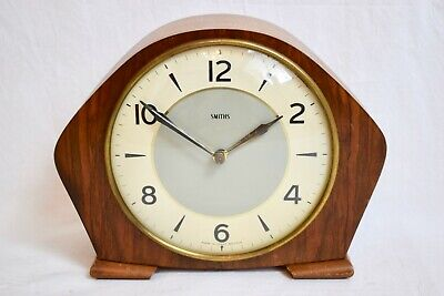 1950s SMITHS WALNUT CASED TWO TRAIN STRIKING MID CENTURY VINTAGE MANTEL CLOCK