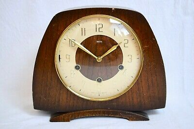 1940s SMITHS OAK CASED WESTMINSTER CHIME VINTAGE MANTEL CLOCK