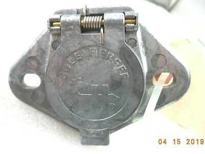 Cole Hersee 12063-CH 7-pole 8-10 AWG Tractor-Trailer Electrical Plug Connector