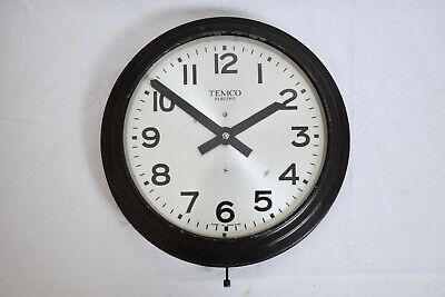 1930s TEMCO ELECTRIC LARGE ART DECO STEEL CASED ELECTRIC 240V VINTAGE WALL CLOCK