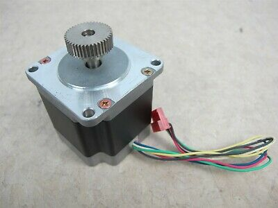 Vexta C6925-9212K Stepping Motor 2-Phase 1.8/Step 2.3VDC 3A