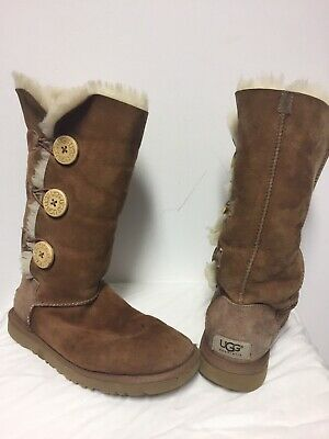 edf23204055 UGG BAILEY BUTTON Triple #1873 Women's Chestnut Brown Boots US Size ...