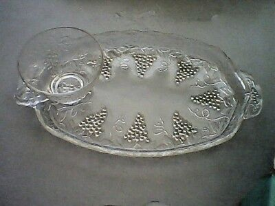 Vintage 1950 Anchor Hocking Serva Snack 7 piece Set with Box Grape Clusters