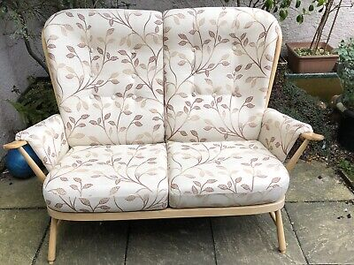 Fine Modern Ercol 2 Seater Evergreen Sofa Cost £2500  Delivery Service Available