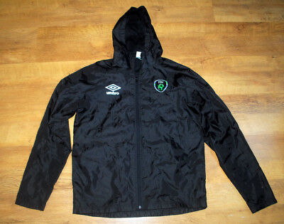 Umbro Ireland lightweight training jacket (Size M)