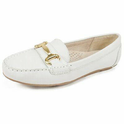 4f61469d8c0 White Mountain Womens Scotch Leather Closed Toe Loafers