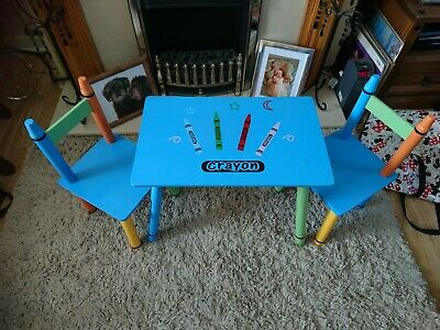 Crayon..childs Play Table..chairs..