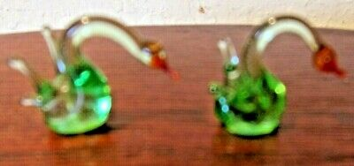 Pair of 2 Vintage 1960/70s Murano Art Glass Green Clear Miniature Glass Swans