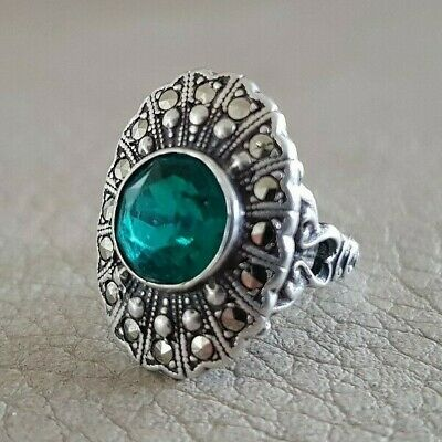 VTG ART DECO MARCASITE GREEN STONE Small RING Pinkie UNCAS U STERLING SILVER 925