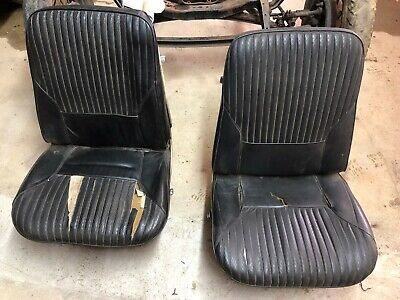 68 CUTLASS 442 convertible rear seats w/orig upholstery
