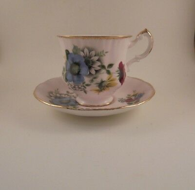Paragon Bone China Footed Teacup & Saucer Pale Light Pink & Floral Bouquet