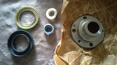 Rear Output Flange Kit STC3433 Land Rover Defender Discovery LT230