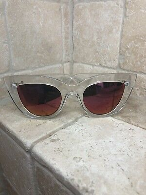 4627d640397be Quay Australia Sunglasses Women s KITTI Clear Pink NWT Includes Soft Case