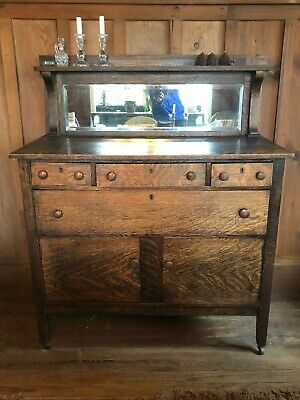 Antique Arts and Crafts Mission Style Oak Sideboard/Buffet