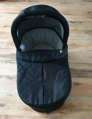 mamas and papas sola carrycot in black