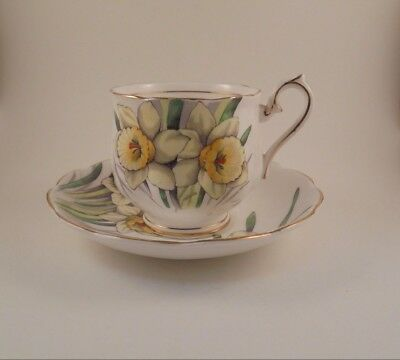 Royal Albert Footed Cup & Saucer Flower of The Month Series Daffodil No. 3