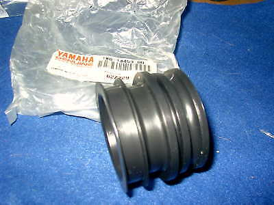 Yamaha Fzr400 Gen Nos Air Cleaner Joint 1Wg-14453-00