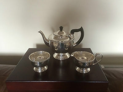GORGEOUS 3 PIECE SILVER PLATED FOOTED TEA SERVICE  (SPTS 4444) GARRARD & Co