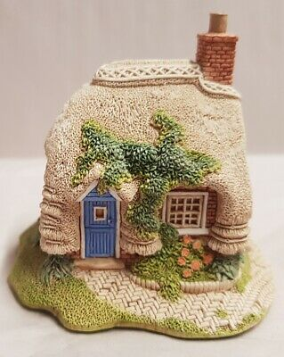 Lilliput Lane Petticoat Cottage c1994 Collectors Free Gift Made in England