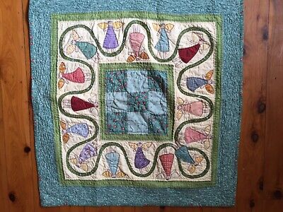 Handmade  PATCHWORK QUILT THROW  ( Small)or WALL HANGING