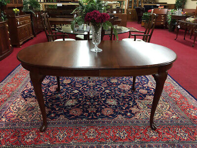 Pennsylvania House Queen Anne Dining Table - Three Leaves - Shipping Available