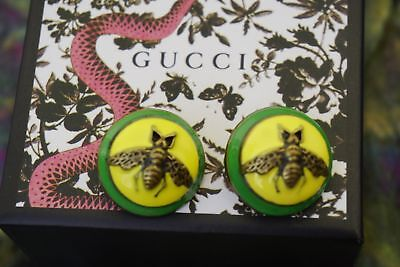 100% Gucci buttons lof of 4 BEE Yellow & Green size 1 inch Large