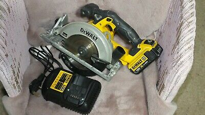 DEWALT DCS391 18V Cordless Circular Saw 165mm with 4.0Ah Battery and Charger.