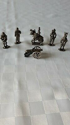 6 Metal Soilders/Knights and Cannon