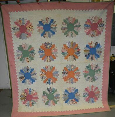"""Antique """"Dresden Plate"""" Quilt with Pink Border, Well Quilted, #18524"""