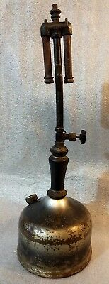 Antique 1919 Coleman Gas Lantern Lamp Double Mantle Wood Handle Night Wichita