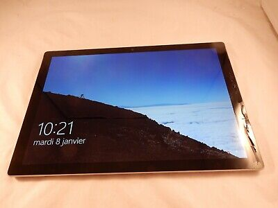 Microsoft Surface Pro 2017 5th Gen 256GB, Wi-Fi 12.3in Core i5 1796 (WORKS) S694