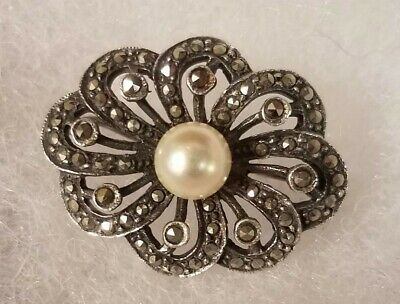 VINTAGE Sterling Silver (925) Marcasite Pin/Brooch with Pearl