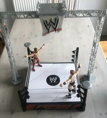WWE RAW WRESTLING RING TOY MATTEL Play With 2 x Figures