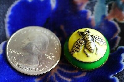 ❤💚💛100% GUCCI Button 1 pieces Size 20  mm   0,8 inch BEE