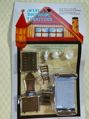 """1:48 1//4/"""" Scale Q351 Upholstered Chair Dollhouse Miniature Furniture Kit 0001588"""