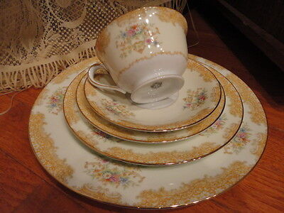 Noritake Japan Bone China 5 piece Place Setting Floral Gold Rim Vintage