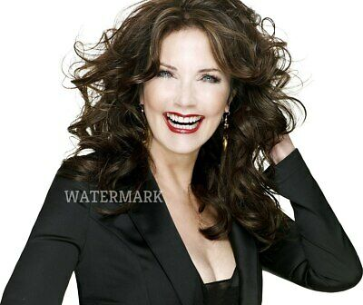 Gorgeous Lynda Carter Actress Head Shot Laughing Curly Hair Publicity Photo