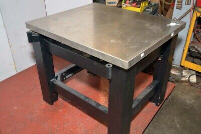 TMC Micro G High Performance Vibration Isolation Table (Inv.39353)