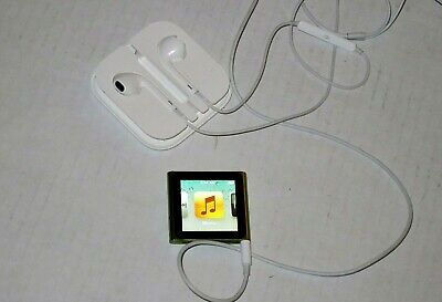 Apple iPod nano 6th Generation Green (8 GB) Bundle + Apple Earbuds