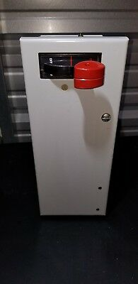 General Electric 8000 MCC Bucket Disconnect 30 Amp (New/Surplus)