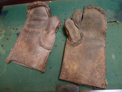 """Large Antique Pair Impressive Heavy Leather """"Hedging Gauntlets"""" Mittens Gloves"""